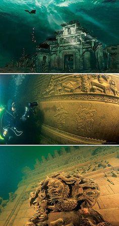 """Underwater ancient city, Qiandao (""""Thousand Island"""") Lake, Zhejiang, China"""