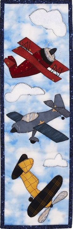 airplane applique -- how about down the center of a baby quilt for a lucky baby… Patchwork Quilting, Applique Quilts, Sewing Appliques, Applique Patterns, Quilt Patterns, Small Quilts, Mini Quilts, Children's Quilts, Quilting Projects