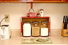 "The Cozy Old ""Farmhouse"": Kitchen Canisters Makeover with Faux Galvanizing Technique"