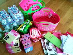 filler lists for gift basket themes - great ideas on what to include in gift baskets and how to make them pretty.