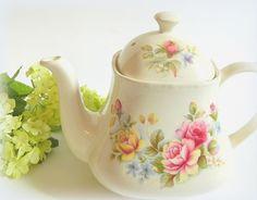 Vintage Sadler Teapot Pink English Roses England