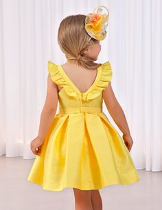 African Dresses For Kids, Little Girl Outfits, Little Girl Dresses, Kids Outfits, Frocks For Girls, Kids Frocks, Kids Dress Wear, Girls Party Dress, Yellow Flower Girl Dresses