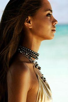 Hinarani de Longeaux Sexy Women, Sexiest Women, Tahitian Black Pearls, Make Art, Girl Crushes, Swimwear Fashion, Woman Face, Hippie Style, Boho Chic