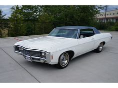 """The Muscle Car History Back in the and the American car manufacturers diversified their automobile lines with high performance vehicles which came to be known as """"Muscle Cars. Old American Cars, American Classic Cars, American Muscle Cars, Classic Trucks, Chevy Muscle Cars, Best Muscle Cars, Chevrolet Caprice, Chevrolet Chevelle, Gmc Vans"""