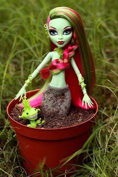♥am i venus or a plant :-((