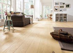 La belleza del Roble blanco, un espacio con la naturalidad de la madera de lama ancha. Ven a vivirlo en la Feria Internacional de Pisos. Renovada!