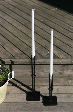 Wrought Iron Candle Holders, Blacksmith Projects, Iron Work, Welding Art, Candle Wall Sconces, Chandelier, Blacksmithing, Decoration, Metal Working