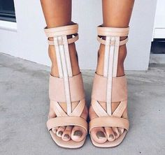 If you want to know your style based off your zodiac sign, these these zodiac shoes and boots for women will prove to be the best footwear for you! Women's Shoes, Zapatos Shoes, Cute Shoes, Me Too Shoes, Shoe Boots, Shoes Style, Blush Shoes, Dress Shoes, Pretty Shoes