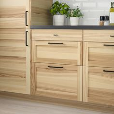 IKEA TORHAMN drawer front Ash veneer is stain resistant and easy to keep clean. Natural Wood Kitchen Cabinets, Hickory Kitchen Cabinets, Light Wood Kitchens, Ikea Cabinets, Maple Cabinets, Natural Hickory Cabinets, Kitchen Cabinets Light Wood, Inexpensive Kitchen Cabinets, White Ikea Kitchen