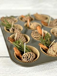 Homemade Fire Starters, Pinecone Fire Starters, Holiday Crafts, Christmas Crafts, Xmas, Craft Gifts, Diy Gifts, Pine Cone Crafts, Homemade Gifts