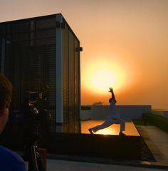 Sunset yoga #ChediMuscat #Oman #sunset #yoga #filming #paradise #sun #relax #travel #wellness The Chedi Muscat, Zen Style, Leading Hotels, Sunsets, Paradise, Yoga, Architecture, World, Travel