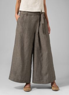 You can wear season to season and designed to meet your comfy needs in any waistline rise. Plus Clothing, Diy Clothing, Wide Leg Linen Pants, Wide Leg Pants, Simple Style, My Style, Pants Pattern, Skirt Pants, Modest Outfits