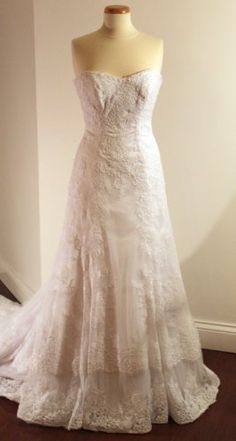 White Lace Dress not for wedding but for photo shoot Optional Flower Sash, « Dress Adds Everyday White Lace Wedding Dress, Perfect Wedding Dress, Best Wedding Dresses, Gold Dress, Wedding Styles, Dream Wedding, Wedding Stuff, Wedding Ideas, Black Bridesmaid Dresses