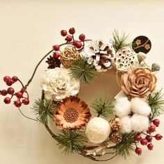 Christmas Themes, Christmas Wreaths, Christmas Crafts, Modern Floral Arrangements, Flower Arrangements, Seasonal Decor, Fall Decor, Holiday Decor, Bridal Flowers