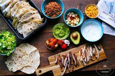 Žijeme vdobe, kedy sa stáva pre nás triedenie odpadu ako niečo samozrejmé. Dostatok informácií, osveta vškolách, pribúdajúce zákony, ktoré usmerňujú samosprávne orgány, ako majú fungovať.... Slovak Recipes, Zero Waste, Tacos, Bread, Ethnic Recipes, Food, Brot, Essen, Baking