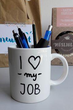 Geschenk zum neuen Job / Jobstart, DIY present idea Neuer Job, Mugs, Tableware, Good To Know, Glee, Dinnerware, Tumblers, Tablewares, Mug