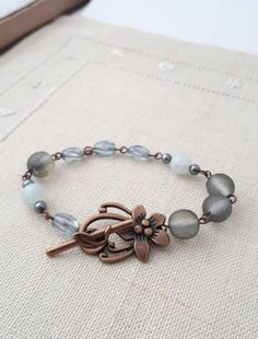 Vintage Bracelet, Beaded Bracelets, Etsy Shop, Trending Outfits, Grey, Unique Jewelry, Handmade Gifts, Check, Shopping