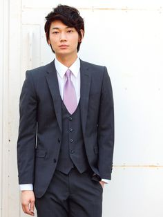 Ayano Go - Looking dapper in a suit. Sexy Asian Men, Japanese Love, Looking Dapper, Character Modeling, Celebs, Celebrities, Character Inspiration, Beautiful People, Suit Jacket