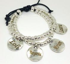49cb7288571d Pulseras personalizadas con medallas grabadas · Pulsera personalizada de  cuero y zamak