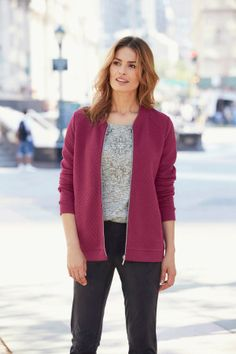 Ladies Wine Quilted Jersey Bomber Jacket Bonmarché: This easy to wear cotton jersey bomber is perfect for everyday wear. Zipped to the front for ease with added quilting detail to the body.