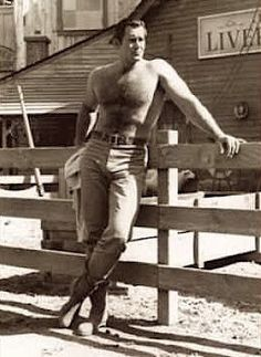 Clint Walker, Merry Christmas Darling~~~~This is what I want under my Christmas tree ++++ Clint Walker Actor, Cheyenne Bodie, Hollywood Men, Hairy Chest, Clint Eastwood, Older Men, Hairy Men, Hairy Hunks, Good Looking Men