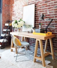 i love brick wall...not sure if i want to have my desk facing the wall, but loving the color combination