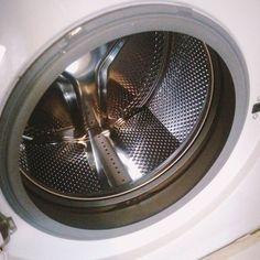 ここまでピカピカになるの!驚くほど汚れが落ちる100均グッズを使った「洗濯機」のお掃除方法