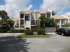 Cheap $1,200 home for sale located at Bridgewood Ln Boca Raton, FL 33434, Boca Raton, FL 33434, Palm Beach County, 2 Beds, 3 Baths, 1400 Sq/Ft