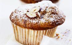Bananenmuffins met hazelnoten Cupcakes, Cupcake Cakes, Baked Banana, Bread Cake, Recipe Images, Dessert Recipes, Desserts, Easy Cooking, No Bake Cake