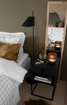 BEDROOM IN THE FALL Pretty Room, Room Interior Design, Black Decor, Home Staging, New Room, Room Decor Bedroom, Interior Inspiration, Living Room, Quartos