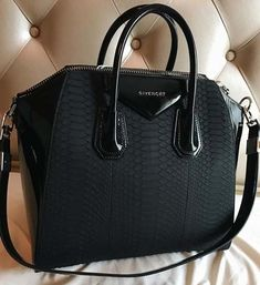 Women's Handbags Collection 2018