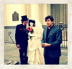 Neil Gaiman&Amanda Palmer tying the knot in New Orleans Dresden Dolls, Amanda Palmer, Neil Gaiman, Tie The Knots, True Beauty, Orchestra, Photo Booth, New Orleans, Bride