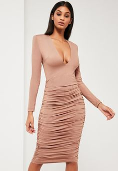Missguided - Peace   Love Nude Ruched Plunge Neck Midi Dress