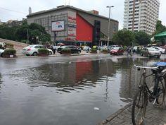 City Roads Flooding & Rainwater Harvesting !!! Read more at: https://goo.gl/PbGuKz #Flooding #RainwaterHarvesting #GroundWaterRecharge #CityRoads #Highways #Metro #Monsoon #Rains #WaterLogging #TrafficJams