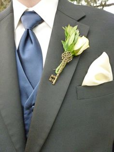 vintage key groomsmen boutineer