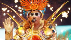 """Luke Steele, from """"Empire of The Sun""""band, he may look crazy in his attire but something just draws me to him!"""