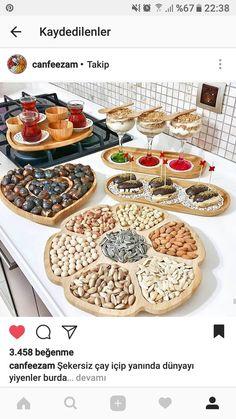 Turkish Breakfast, Party Food Platters, Ramadan Recipes, Iranian Food, Food Decoration, Arabic Food, Food Presentation, Food Design, Dessert Table