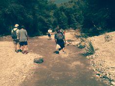 """Elisa I. Moreno nos envía esta foto de """"la subida al río Chillar (Nerja, Málaga) con mis amigos, por el buen día que pasé y por el fantástico paisaje del que pudimos disfrutar #MiMomentoStoked2014"""""""