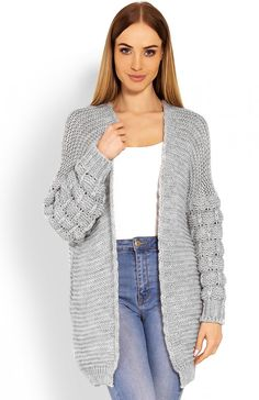 I could live in jeans and long cardigans! Latest Fashion For Women, Latest Fashion Trends, Fashion Online, Kids Fashion, Fashion Outfits, Poncho Sweater, Grey Cardigan, Live In Jeans, European Fashion