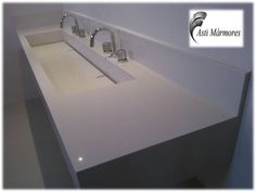 Lavatório Banho Casal com Cuba Dupla em Branco Prime. #astimarmores #cubadepedra #cubadupla #lavatoriocasal