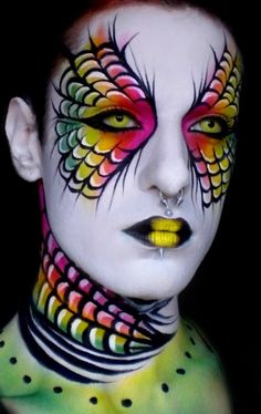 fantasy eyeshadow designs | fantasy makeup Images fantasy makeup Pictures & Graphics - Excellent use of Yellow Lenses from www.foureyez.com