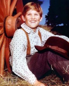 Kurt Russell 30 Rare Photos Of Your Favorite Celebrities When They Were Kids • Page 5 of 6 • BoredBug