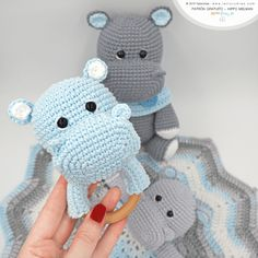 Today we are pleased to share a new project accompanied by. Don Ovillo - Don Trapillo! Many will already know our adorable hippo Melman, we shared his pattern Crochet Lovey Free Pattern, Crochet Hippo, Crochet Elephant, Crochet Animals, Crochet Patterns, Crochet Home, Crochet Yarn, Handmade Baby, Handmade Toys