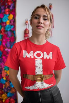 Men's Mom Santa T Shirt Holiday Pajama Shirt Matching Christmas Pajamas Santa Costume Tee Fun Kris Kringle Christmas Eve Shirt