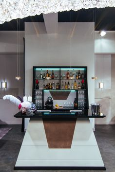 Vismara Design completes your private Game Room with an exclusive Bar Unit, equipped with wine cellar and other accessories.#vismaradesign #luxury #luxuryfurniture #madeinitaly