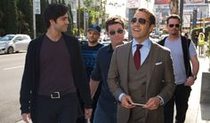"Jeremy Piven als Ariel ""Ari"" Gold Ari Gold Entourage, Entourage Movie, Jeremy Piven, 2015 Movies, Asian American, Dvd, Film Review, Friendship, Character"