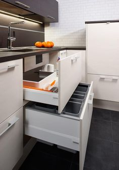 Keittiöt | TaloTalo | Rakentaminen | Remontointi | Sisustaminen | Suunnittelu | Saneeraus #keittiö #säilytys #kitchen #storage #talotalo