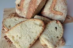 Pan di Pane: Pane di semola con esubero di pasta madre.