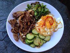 Jamie's 15 Minute Meals: Korean Fried Rice, Steak, Mushrooms and Pickle Steak And Mushrooms, Stuffed Mushrooms, Jamie's 15 Minute Meals, How To Cook Beef, Korean Dishes, Fried Rice, Pickles, Side Dishes, Meat