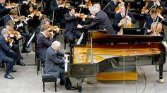 Brahms: Piano Concerto No. 1 / Barenboim, Rattle · Berliner Philharmoniker, May, 2004